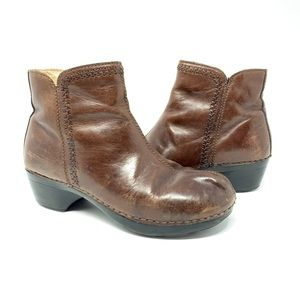 Dansko Scout leather ankle zipper boots size 38